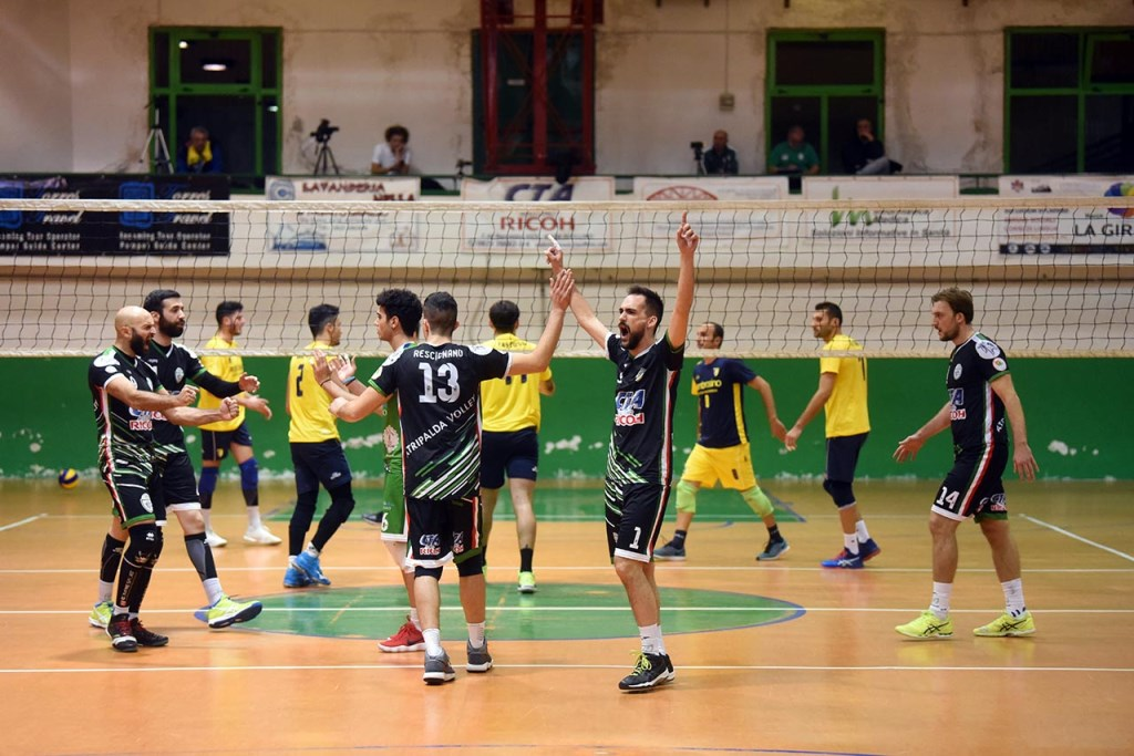 Sport Wwwcinquerigheit Atripalda Volleyball Primo Successo